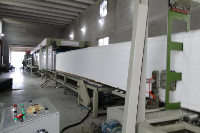 EPE Foam Making Machine , Low Pressure Polyurethane Foam Machine With Siemens Invertor