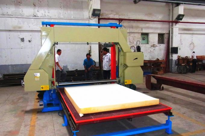 Hydraulic Polyurethane / PU Foam Cutting Machine For Sponge Sheet Automatic Control