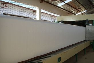 Horizontal Continuous Spong Foam Production Line For Furniture / Pillow